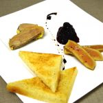 Duo de foie gras mi cuit et poché au pineau des charentes