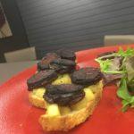 Bruschetta de Boudin Noir aux Pommes